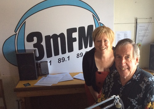 picture of presenters Maxine & Mike